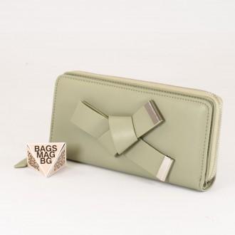КОД : T188 Дамски портфейл от плътна и висококачествена еко кожа в зелен цвят