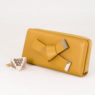 КОД : T188 Дамски портфейл от плътна и висококачествена еко кожа в жълт цвят