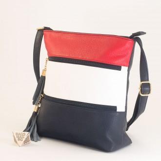 КОД: M8304 Дамска чанта от плътна и висококачествена еко кожа в син цвят - трицветна