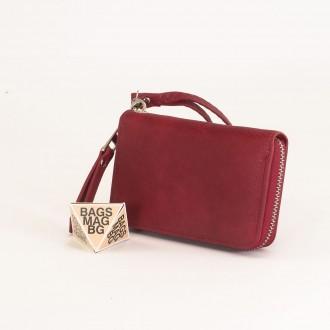 КОД : Y108 Дамски портфейл от плътна и висококачествена еко кожа в цвят бордо