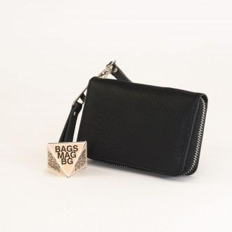 КОД : Y109 Дамски портфейл от плътна и висококачествена еко кожа в черен цвят