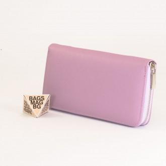 КОД : Y110 Дамски портфейл от плътна и висококачествена еко кожа в лилав цвят