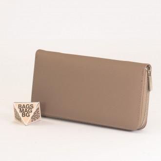 КОД : Y110 Дамски портфейл от плътна и висококачествена еко кожа в цвят каки