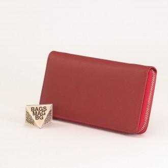 КОД : Y110 Дамски портфейл от плътна и висококачествена еко кожа в червен цвят