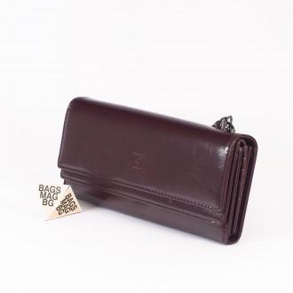 КОД : D630 Дамски портфейл от плътна и висококачествена еко кожа в цвят бордо