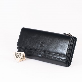 КОД : D630 Дамски портфейл от плътна и висококачествена еко кожа в черен цвят
