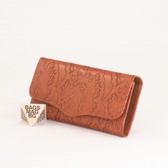 КОД : 1529 Дамски портфейл от естествена кожа в оранжев цвят
