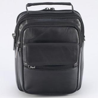 КОД : 8032 Мъжка чанта от естествена кожа в черен цвят