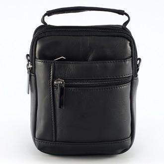 КОД : 2256 Мъжка чанта от естествена кожа в черен цвят