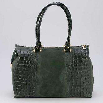 КОД : 0014 Дамска чанта от естествен велур с крокодилска щампа в маслено зелен цвят