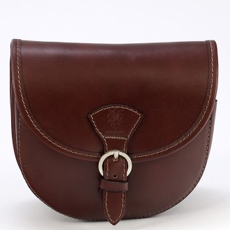 КОД : 0015 Малка дамска чанта от естествена кожа в кафяв цвят